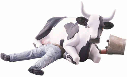 Ni Mu - Cow Sitting on Man - Cowparade Kuh Medium